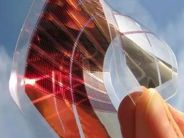 Organic semiconductor thin film solar cell and amorphous silicon thin film solar cell